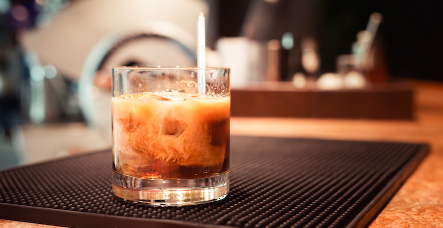 Holiday Drink Recipe: White Russian